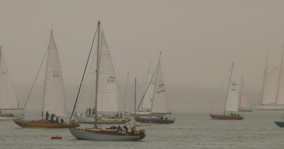image of Race start Cowes Classic Week 2015
