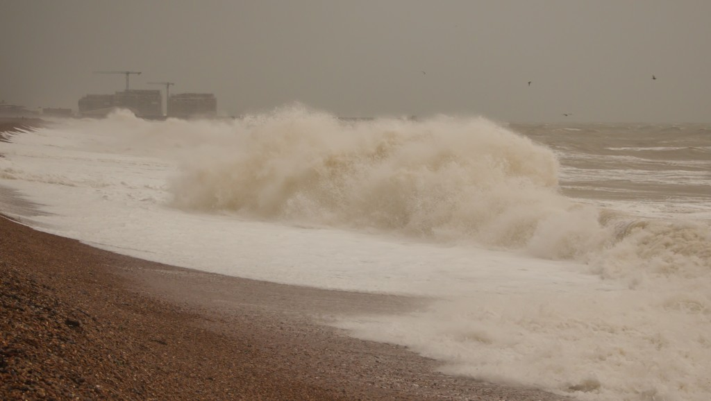 image of waves on Brighton beach can be dangerous