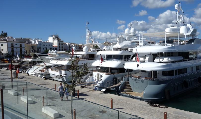 image of Gin - Ibiza Town