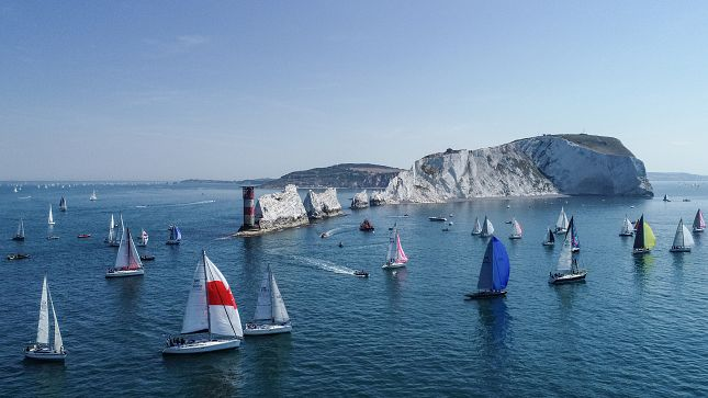 image of photo credit Paul Wyeth/ Round The Island Race 2018 at the Needles in light airs