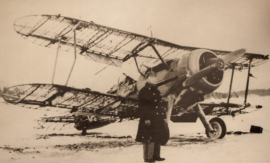 image of Ft Lt Mills and his Gloster Gladiator plane.